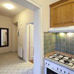 Перенос кухни в коридор: за и против