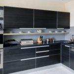 Встроенная кухня: за и против
