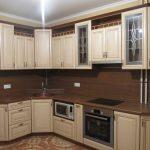 Кухонные гарнитуры с фасадами МДФ: за и против